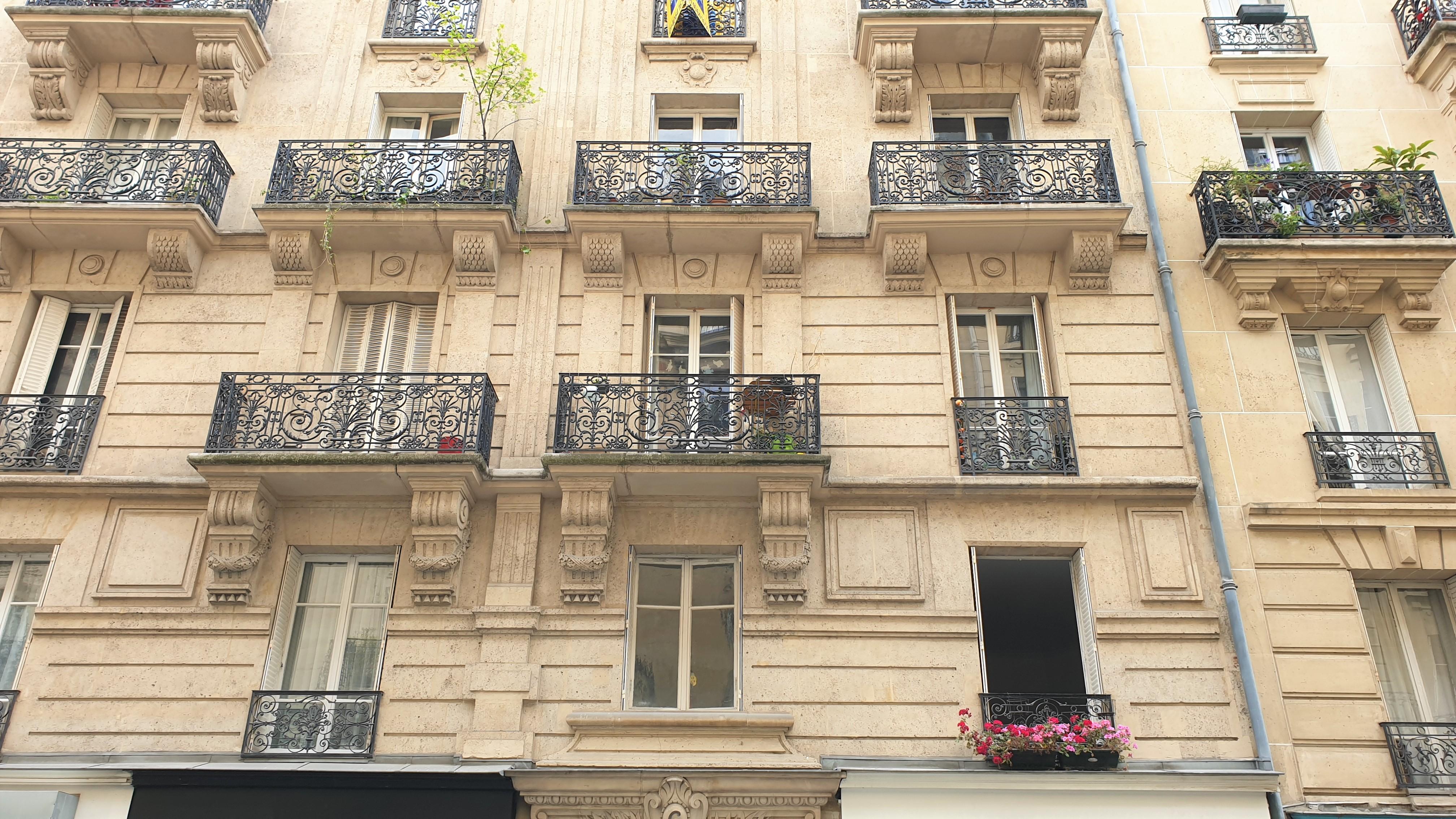 Photo - EXCLUSIVITE  PARIS 14ème 4 Pièces 79 m2       VENDU